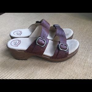 Dansko Sandals Strap Like new Women's sz 40/9.5-10